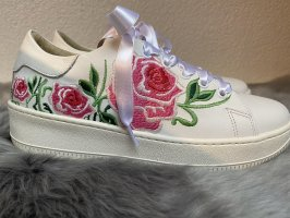 Tolle florale Sneaker