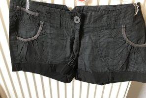 Tolle Hot Pants grau/schwarz kariert