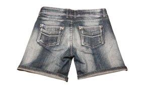 Tolle kurze Jeans mit toller Waschung in Größe 36, blau
