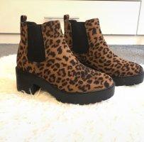 New Look Korte laarzen zwart-bruin