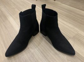 Kiomi Slip-on Booties black leather