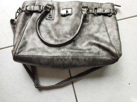 tolle Tasche in grau von catwalk (innen leider mit Flecken)