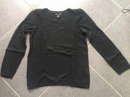 Toller feinwolliger Pullover schwarz