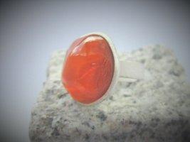 Toller Ring mit ORANGEM Glasstein von Gubo - handgefertigt in D