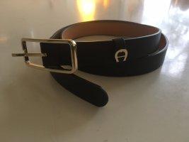 Aigner Cintura di pelle nero-oro