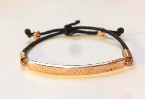 Tolles Armband von Daisy Dixon London, in  gutem, wenig getragenen Zustand