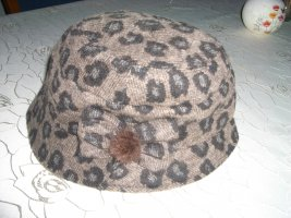 Woolen Hat dark brown wool