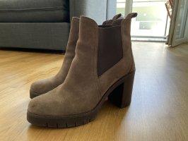 Tommy Hilfiger Boots braun 42