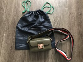 Tommy Hilfiger Crossbody Tasche aus Leder