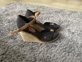 Tommy hilfiger sandaletten schwarz