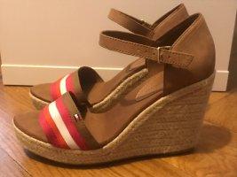 Tommy Hilfiger Schuhe für 30€