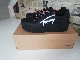 Tommy Hilfiger Schuhe schwarz VB
