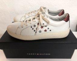 Tommy Hilfiger, Sneaker, weiß mit Sternen, Gr 38, Leder
