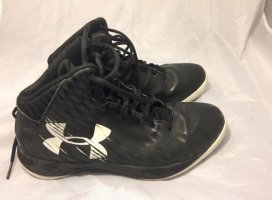 Top Basketball Schuhe von Underarmour