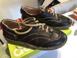 Top neue LederDamen Schuhe  Gr.42