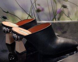 Mule à talon noir-argenté cuir