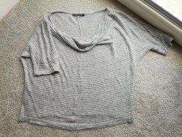 top. T-shirt. Tunika. consequent