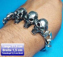 Totenkopf Armband aus Chirurgenstahl