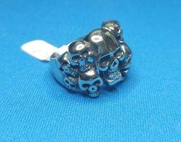 Totenkopf Ring aus Chirurgenstahl ( Gr 19)