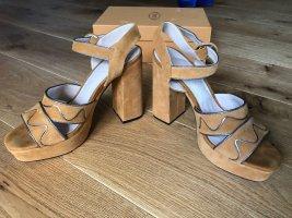 Traumhaft schöne Sandalen