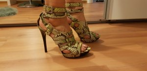 Burberry Strapped pumps multicolored reptile leather
