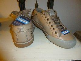 Trendige Sneakers, NEU!, Größe 40. NP 59 Euro