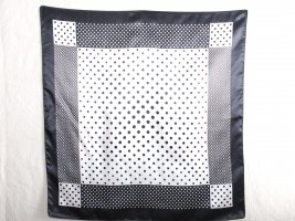 Tuch schwarz-weiß