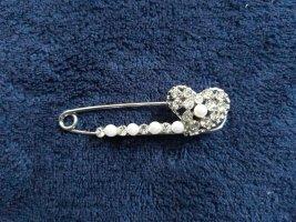 Tuchnadel mit Glitzersteinen und  weißen Perlen