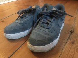 türkise Nike