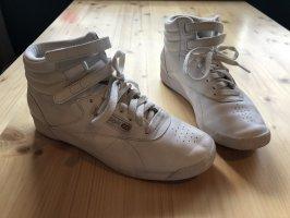 Reebok High top sneaker wit