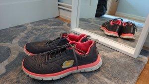 Turnschuhe Sketchers Sneakers grau mit Memory Foam 38,5