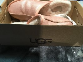UGG Australia Pantoufles rose clair-rose