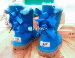 Ugg Bailey Bow Sky Blue Gr. 36 / 35 US 3 *original* (NP 239€) *limited*