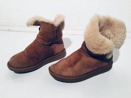 UGG Botas de nieve marrón-crema