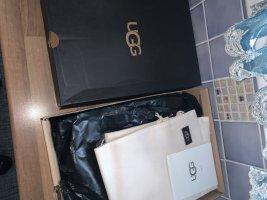 UGG Low boot noir cuir