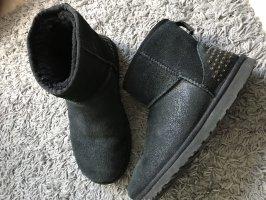 UGG Boots mini Schimmer/Nieten