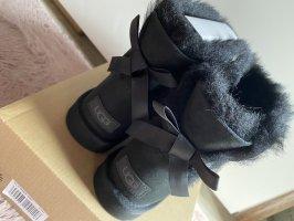 Ugg boots schwarz 38 Schleife Winter