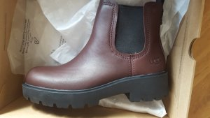 UGG Chunky Boots bordeaux Gr.38