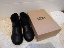 UGG Classic Zip Mini Winter Schneeboot