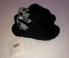 UGG Australia Scuffs black