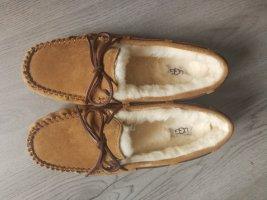 UGG Australia Chaussures bateau brun sable-chameau laine
