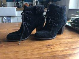 Ugg Schuhe mit Absatz. Gr 39