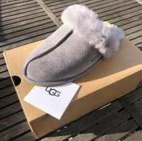 UGG Pantoufles gris