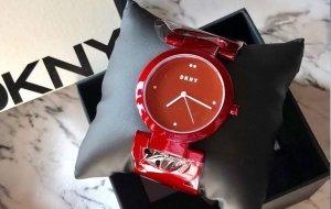 DKNY Orologio analogico rosso scuro