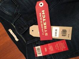 Ultra Strech Levis Jeans Grösse 25x32