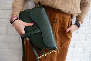 Umhängetasche Tasche Handtasche Leder neu Tannen grün