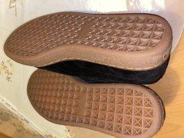 Ungetragene PUMA Schuhe Größe 38,5