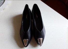 Ungetragene schwarze Ballerinas Gr. 38