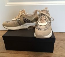 Ungetragene und stylische Sneaker von Liu Jo