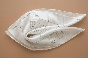Handarbeit Silk Cloth white-black silk